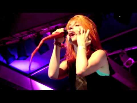Paramore- Emergency (Live @ Aloha Tower Waterfront Hawaii)