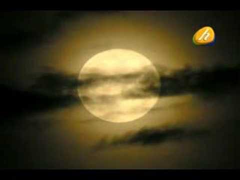 Noche de Luna entre Ruinas