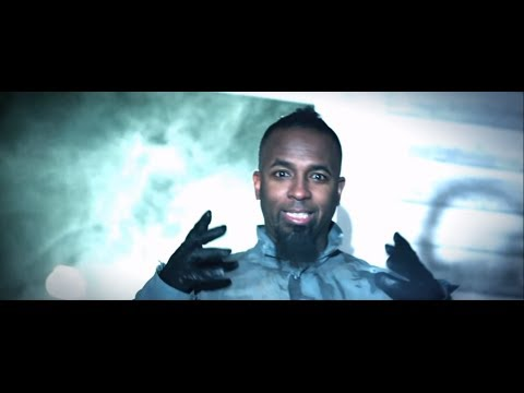 Baixar Tech N9ne - Am I A Psycho? (Feat. B.o.B and Hopsin) - Official Music Video