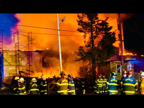 BOUND BROOK FIRE DEPARTMENT WITH MUTUAL AID COMPANIES BATTLE MAJOR 7 ALARM FIRE IN SEVERAL BUILDINGS