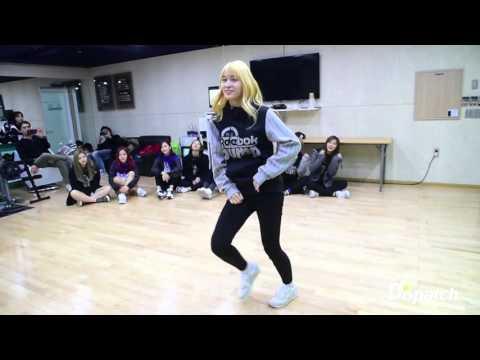 TWICE (트와이스) MOMO (모모) 우리집 커버댄스 2PM My House Dance Cover