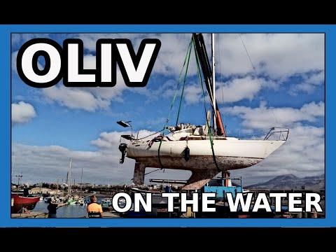 OLIV ⛵ on the water! // ¡OLIV ⛵ en el agua!