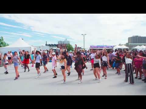 KPOP Random Dance Game New York (KCON17)