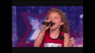 The little girl sings like a Alvin and the Chipmunks !