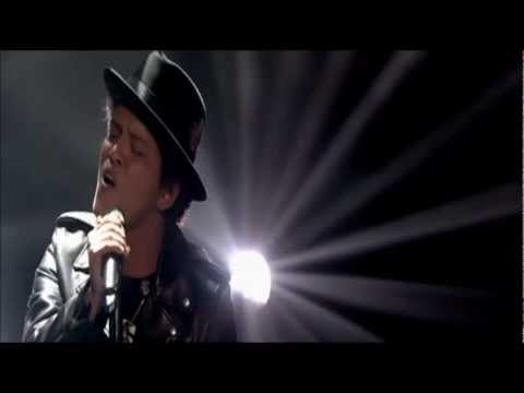 Baixar Bruno Mars - When I Was Your Man (Live Jonathan Ross Show)