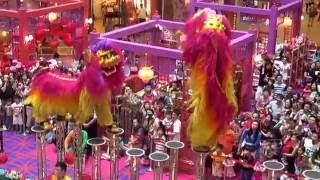Acrobatic Lion Dance @ 1 Utama Shopping Centre (18 Jan 2014) by Khuan Loke Dragon & Lion Dance