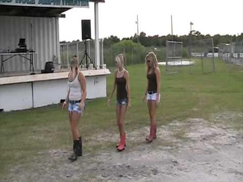 The Girls Of Lakeland Mud Hole Youtube