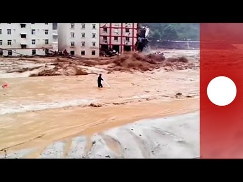 Alluvioni in Cina. Video e scene da Apocalisse