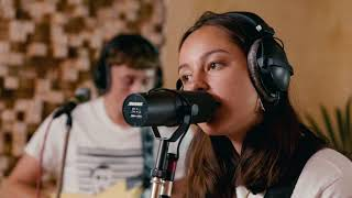 The Orielles 'Old Stuff New Glass' Selector Radio Session