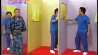 (Funny) Japanese game show - Pass frog by mouth