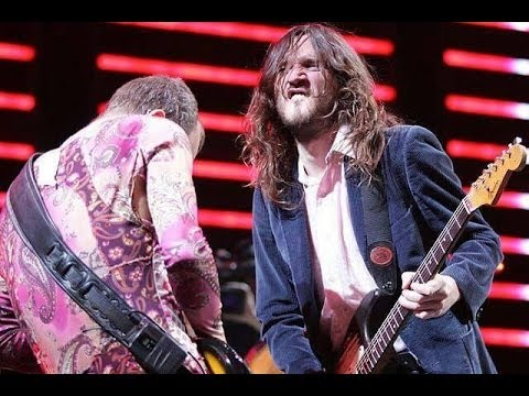Red Hot Chili Peppers - Strip My Mind [Live, Tokyo - Japan 2007]