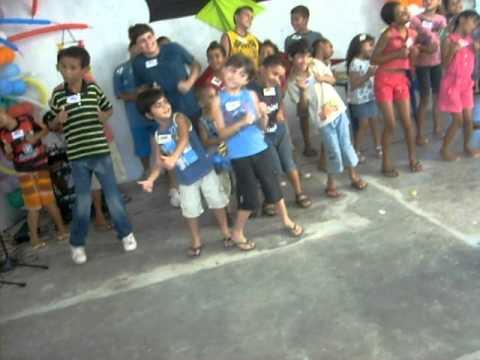Baixar thuthue thuthue é uma dança tropical  Festa das crianças na Ass. de Deus Nova Aliança Coophamil.