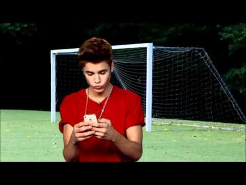 Alan Carr & Justin Bieber's Football Challenge (Alan Carr's Summertime Specstacular)