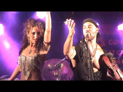 Scott Jeffers Traveler - Hava Nagila Medley - Traveler Live in Canada