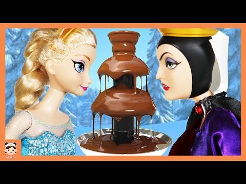 초콜릿 분수 장난감 퐁듀 만들기 놀이 대결 ! 캐리 꼬마볼 킨더조이 서프라이즈 에그 알까기 챌린지 발렌타인데이 초콜릿만들기 겨울왕국 엘사 공주 인형 애니 어린이 만화   보라미TV
