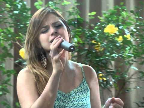 Barbara Amorim.....