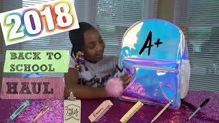 What's in my backpack (back to school haul) 2018 !