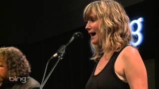 Jennifer Nettles - Jealousy (Bing Lounge)