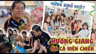 Hương Giang dẫn top 15 MIQVN 2020 sang đại náo xe cá viên chiên của Vũ Thu Phương
