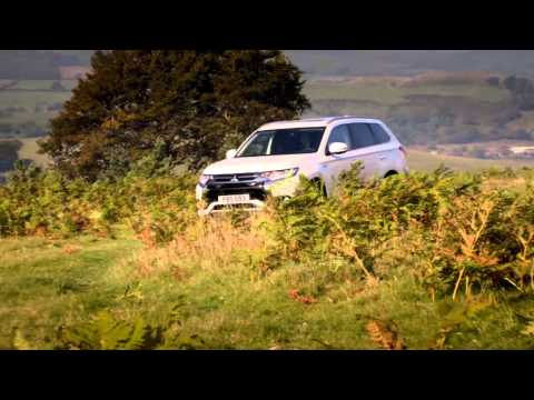 Vídeo práctico cómo usar el sistema de tracción total del Mitsubishi Outlander PHEV 2016