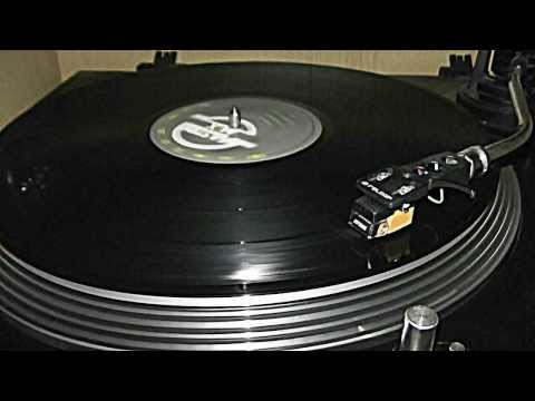 Michael Bedford - More Than A Kiss(mastermix-vinyl).avi