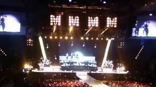 瑪丹娜台北演唱會2016 - 入場開場 YouTube 影片