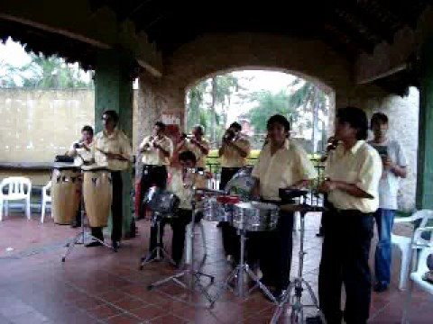 Banda de Perucho - Tamarindo Seco