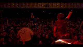 Silverstein -  Smashed Into Pieces [LIVE]