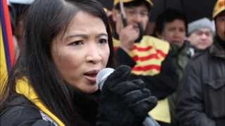 Việt Nam Tôi Đâu  Nhạc sĩ Việt Khang - Tiếng hát Hạt Sương Khuya