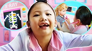 Barbie DOCTOR Pretend Play !Toy Hospital and Ambulance