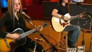 Avril Lavigne - My Happy Ending (Acoustic Live)
