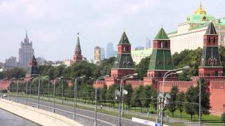 Moscow Kremlin and Moskva River slideshow 1