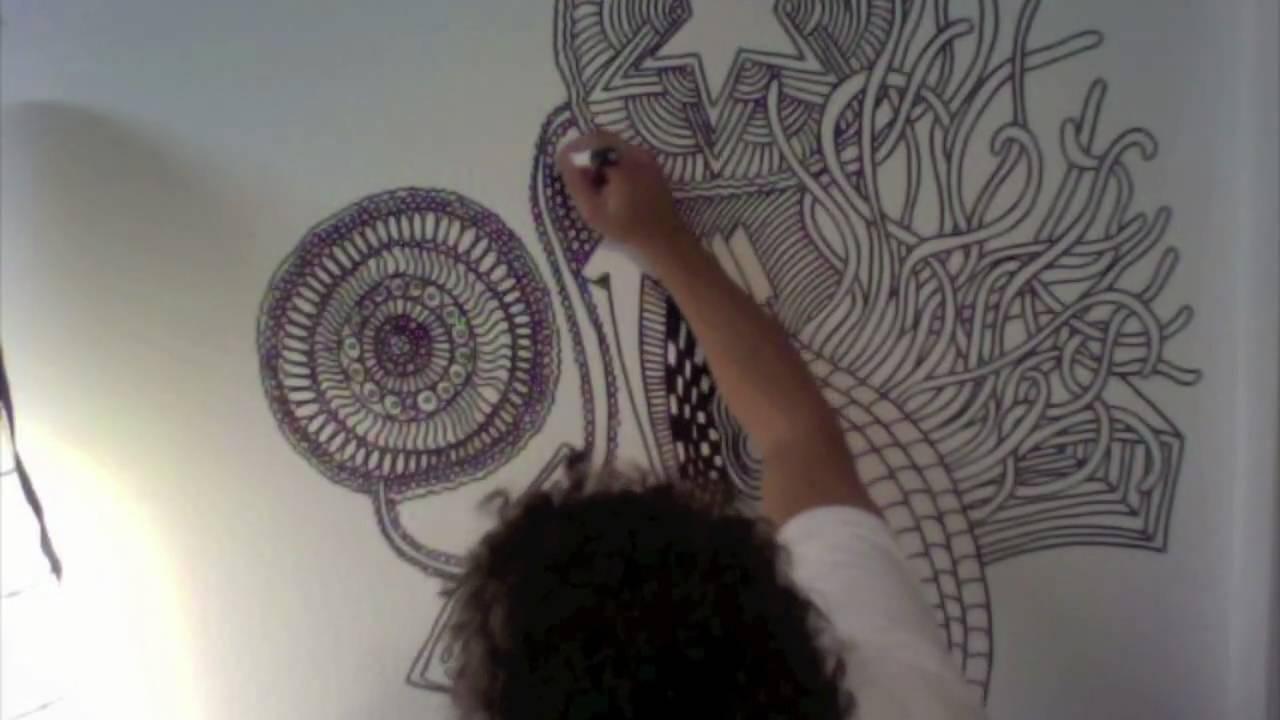 farbenbaden malt die wand an youtube. Black Bedroom Furniture Sets. Home Design Ideas