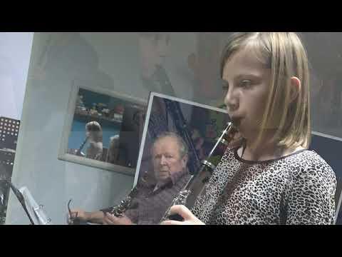 """Zespół Instrumentalny Gminy Orchowo w utworze : """"Panie,"""