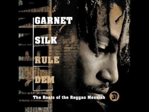 Baixar Garnett Silk-Hello Mama Africa