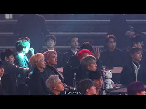 171115 EXO&SEVENTEEN-Reaction to MOMOLAND Performance@2017 Asia Artist Awards[4K]