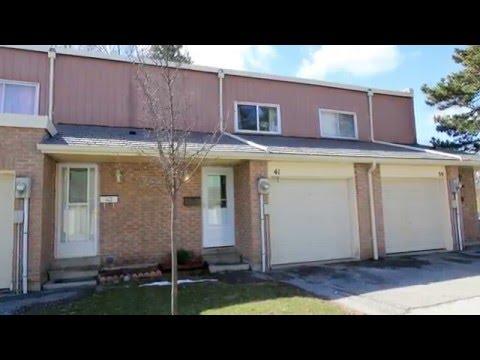 "(Sold!) 3 Bedroom Condo Townhouse | ""The Vineways"", Toronto | Bonnie Byford R.E."