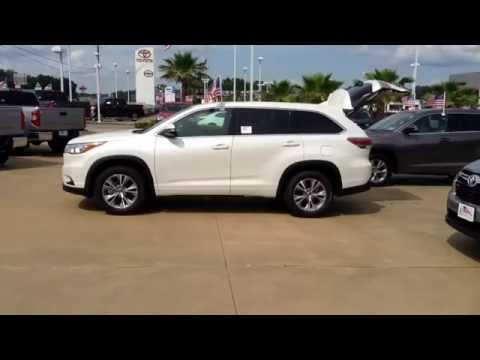 2016 Toyota Highlander LE Plus at Loving Toyota