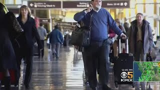 Holiday Travelers Pack Airports And Roads In Bay Area