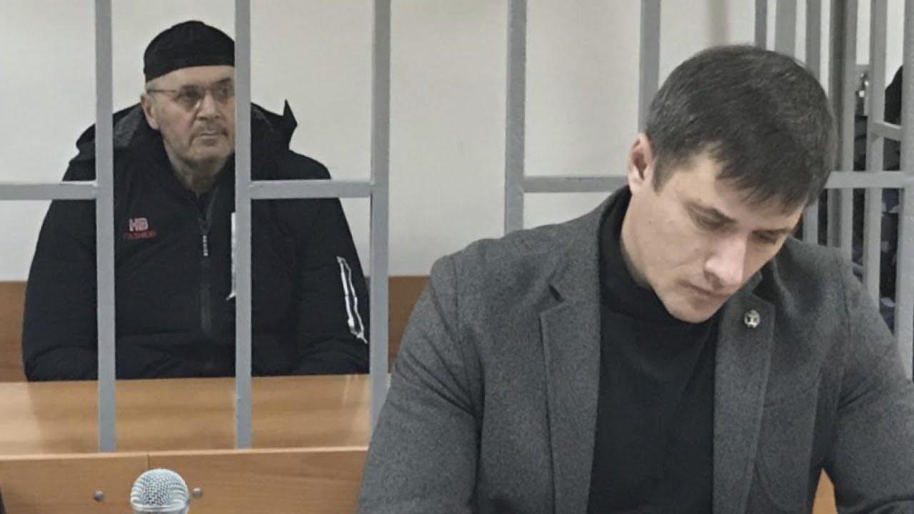"""""""Верховный суд Чечни оставил главу грозненского """"Мемориала"""" под стражей"""
