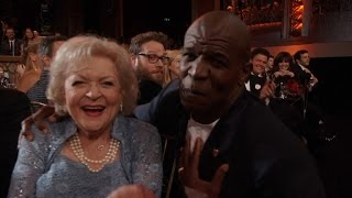 Terry Crews Lip Syncs 'The Golden Girls' Theme Song to Betty White