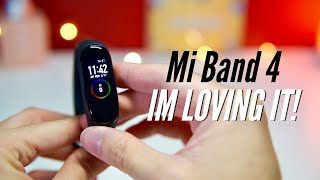 Mi Band 4 Unboxing & Hands On: IT WORKS GREAT IN ENGLISH!