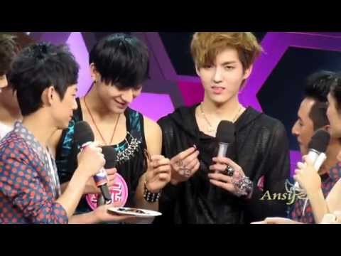 [HD fancam] EXO-M - Full Story of Kris & Tao receiving their punishment at Happy Camp
