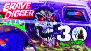 Grave Digger 30th Anniversary Monster Truck Hot Wheels Monster Jam Stunts Jumps Toy Review