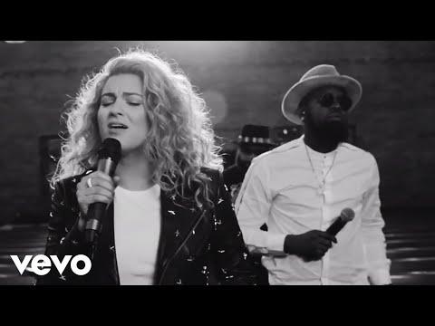 Tori Kelly - Help Us To Love ft. The HamilTones (Live) ft. The HamilTones
