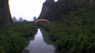 Paramoto en thailandia