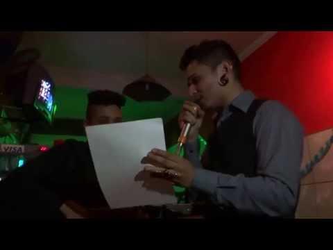 Baixar Kelly e Denis cantando