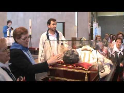 Homenaje Mª Auxiliadora - Salve, Don Bosco Santo- Fundación Masaveo Oviedo 2012