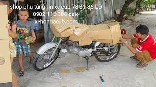 Trực tiếp bọc xe. Đóng gói xe benly cd 50s chuyển đi Nam Định cho khách. Shop phụ tùng rin xe cub
