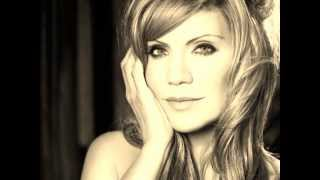 Ghost In This House - Alison Krauss